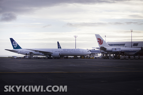国航航班飞抵奥克兰 新航线开通来nz更方便了